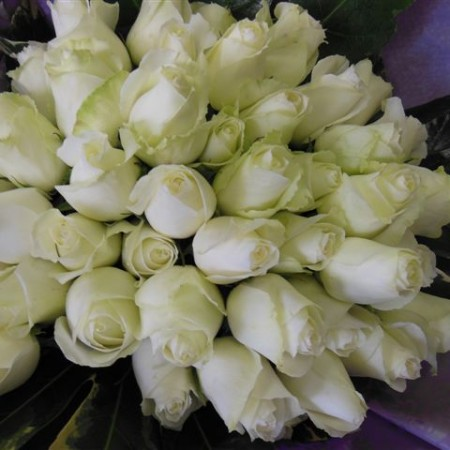 flowers and hampers 015